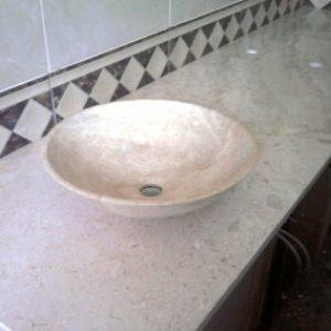 Breccia Sareda mészkő fürdőszobapult 1