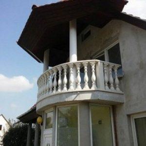 10.-Íves-erkély-Korlát-400x284