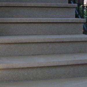 11.-Szürke-műkő-lépcső-400x284