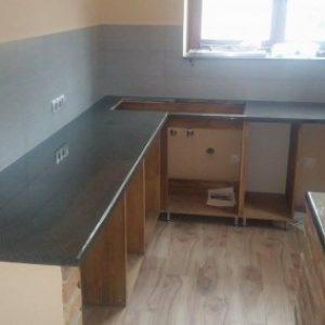 3.-Crystal-Grey-Gránit-konyhapult-400x284
