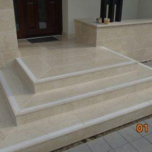 Botticino mészkő lépcső