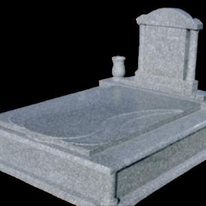 Csepp fedlapos síremlék oszlopos emlékkel