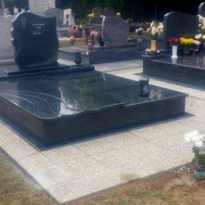 Crystal Grey gránit síremlék